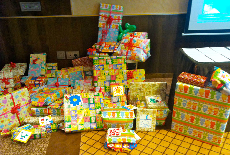 donacion-regalos-AVOI-evento-Exploramas