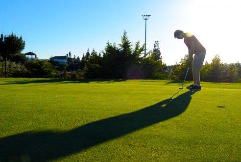 golf-team-building-exploramas-1